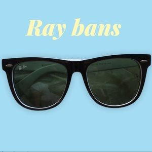 😎Black/white ray bans😎
